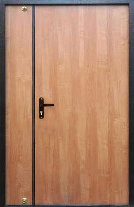 Отделка тамбурной двери (9)