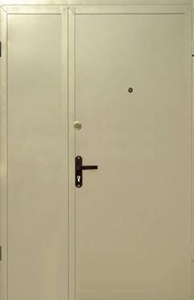 Отделка тамбурной двери (14)