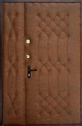 Отделка тамбурной двери (6)